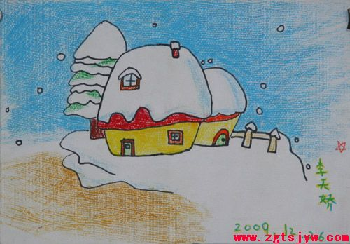 """本月主题:""""冬天不怕冷""""请把防寒取暖用的物品画成画或图片"""